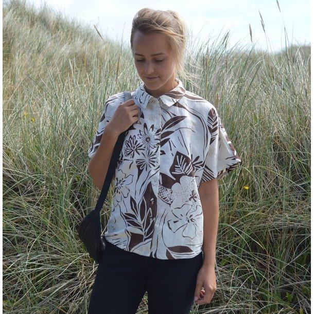Aila skjorte DIY - Brun mønster